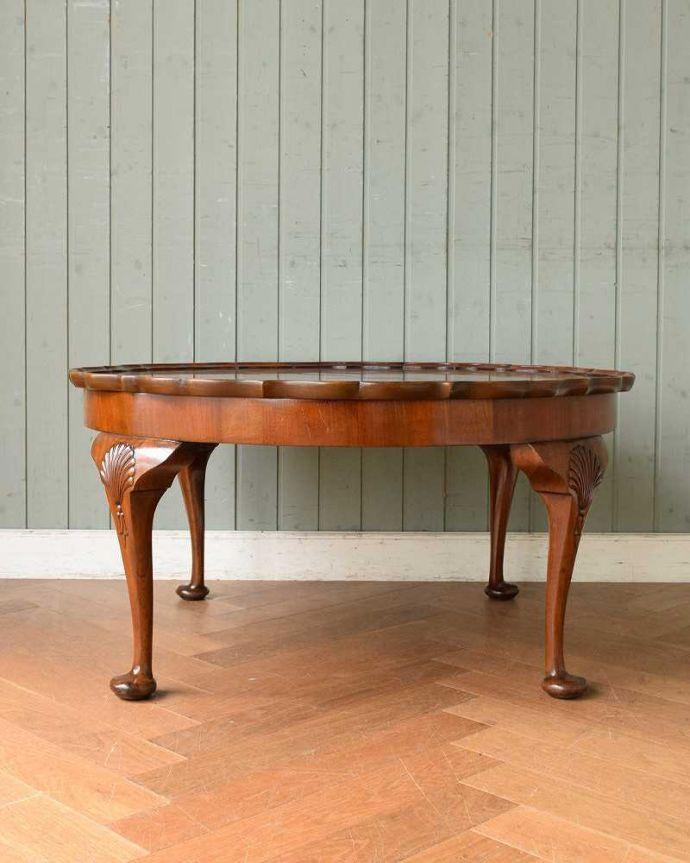 q-1519-f 英国アンティークコーヒーテーブルの横