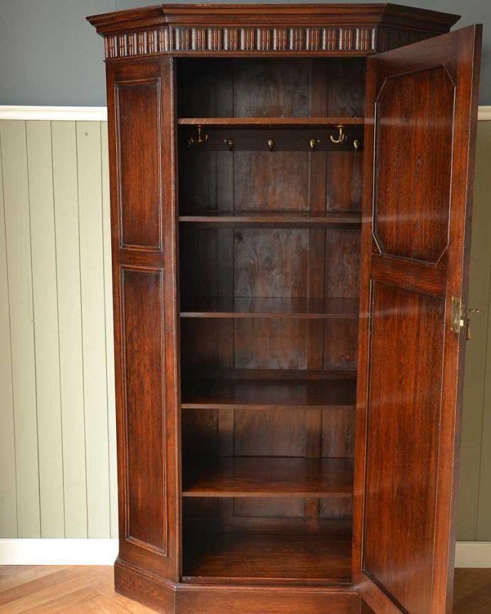 q-1555-f アンティークワードローブの扉内部