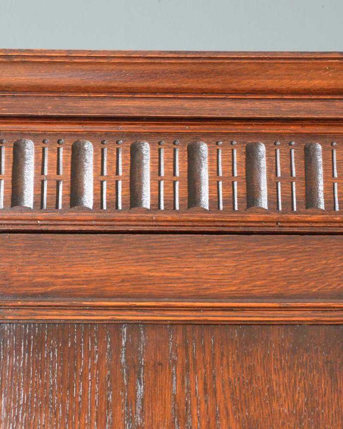 q-1555-f アンティークワードローブの装飾1