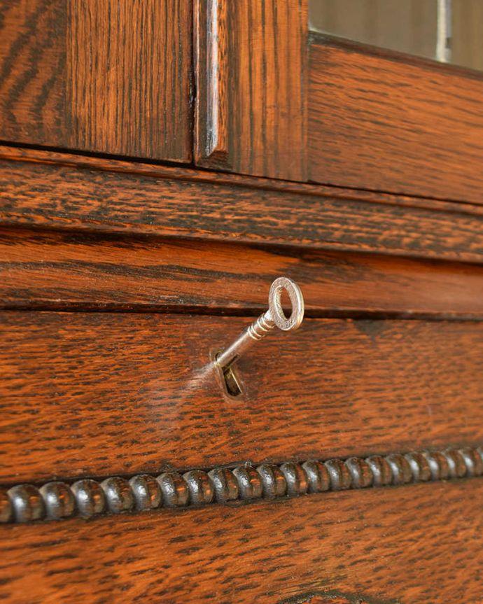 q-1573-f アンティークビューローブックケースのビューロー部分の鍵