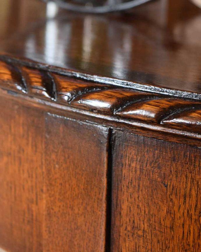 q-1584-f  アンティークコンソールテーブルの装飾1
