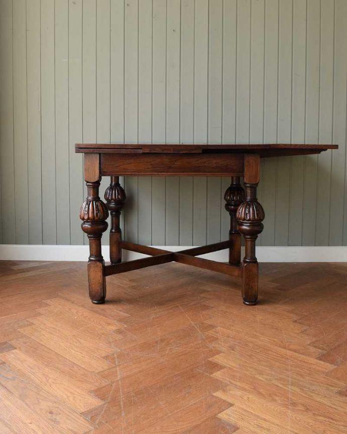 q-1608-f アンティークドローリーフテーブルの横(天板片方とじて)