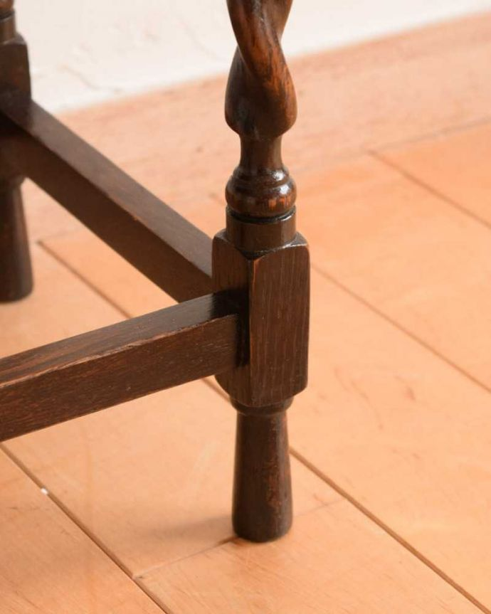 q-1623-f アンティークナイトテーブルの脚