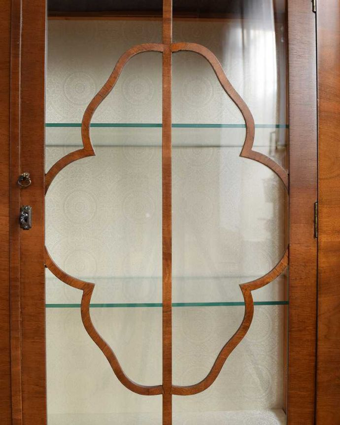 q-1626-f アンティークガラスキャビネットの扉装飾