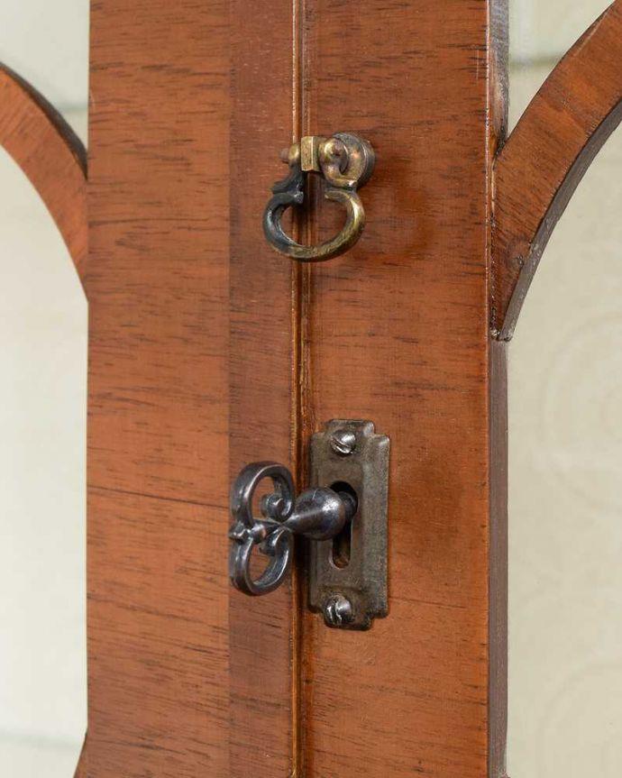 q-1626-f アンティークガラスキャビネットの鍵(取っ手)