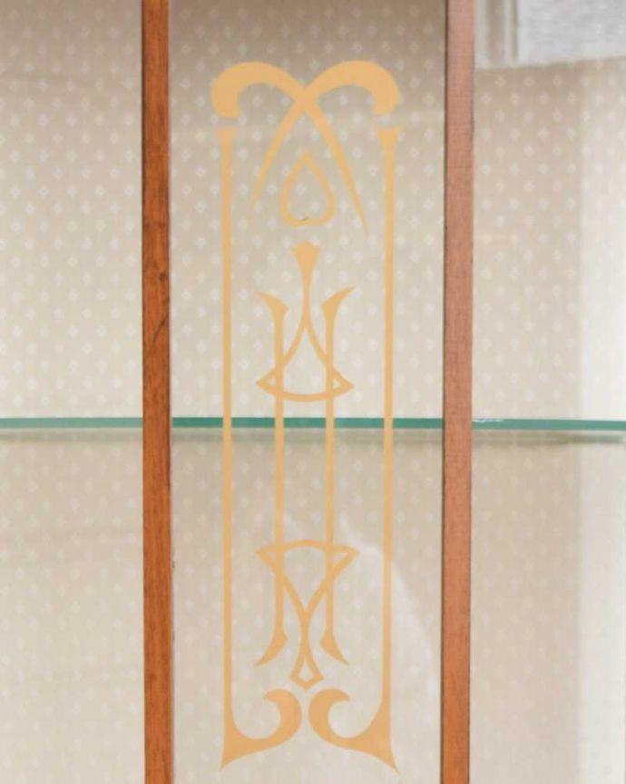 q-1630-f アンティークガラスキャビネットの扉装飾