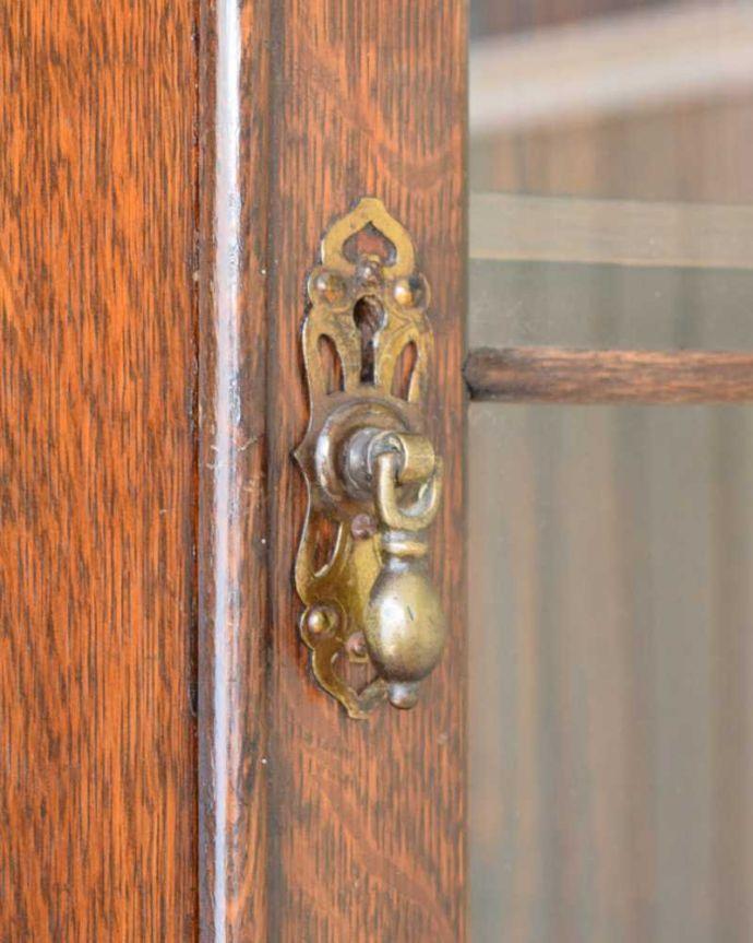 q-1663-f アンティークビューローブックケースの扉の取っ手・鍵