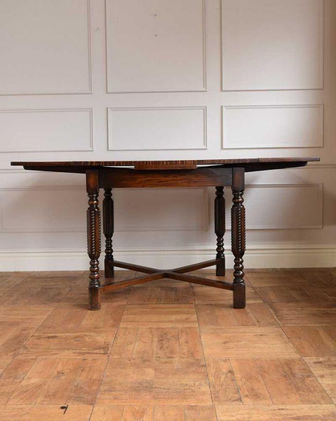 q-1671-f アンティークドローリーフテーブルの横(天板両方広げて)