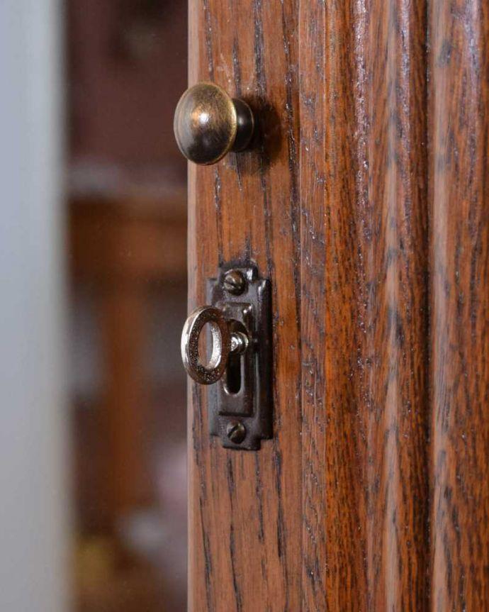 q-1685-f アンティークキャビネットの鍵