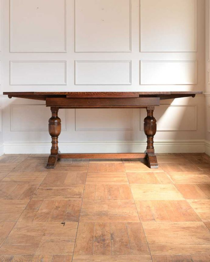 q-1742-f アンティークドローリーフテーブルの横(天板両方広げて)