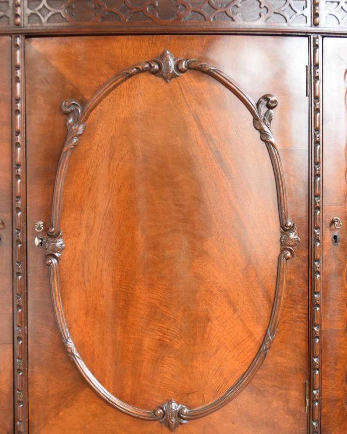 q-1748-f アンティークサイドボードの装飾