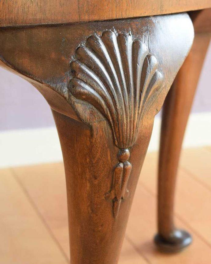 q-1792-f  アンティークコーヒーテーブルの装飾2