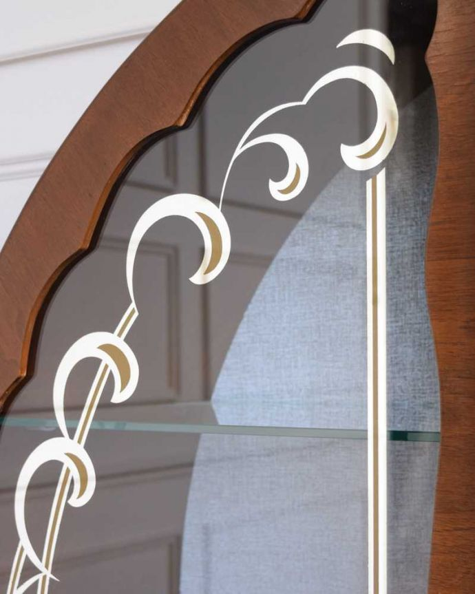 q-1841-f アンティークガラスキャビネットの扉装飾