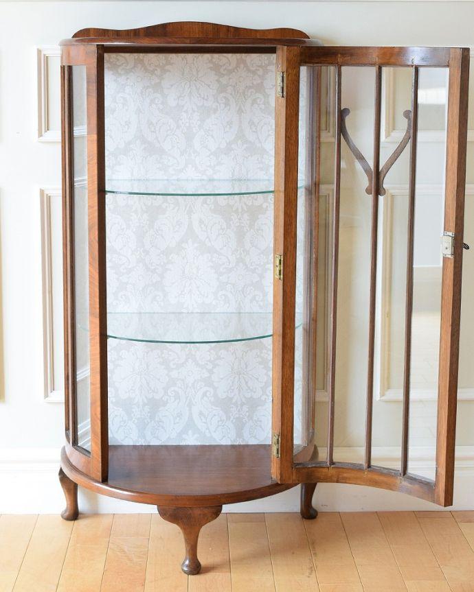 q-1883-f アンティークガラスキャビネットの扉内部