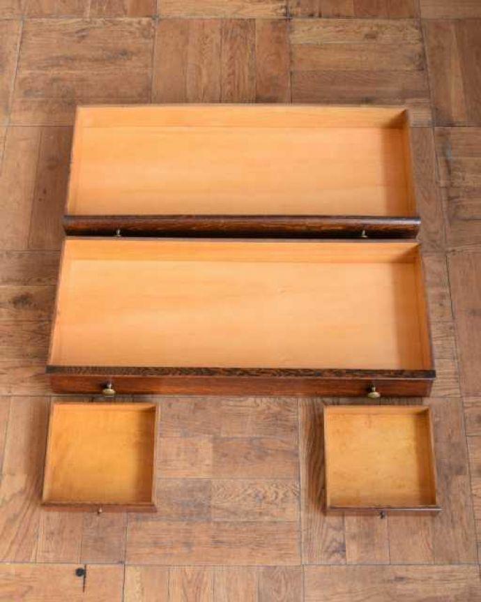 アンティークのキャビネット アンティーク家具 英国アンティークのスタッキングビューローキャビネット(デスク)。何でも収納できる引き出しもちろん、引き出しの中もキレイに修復しました。(q-1993-f)