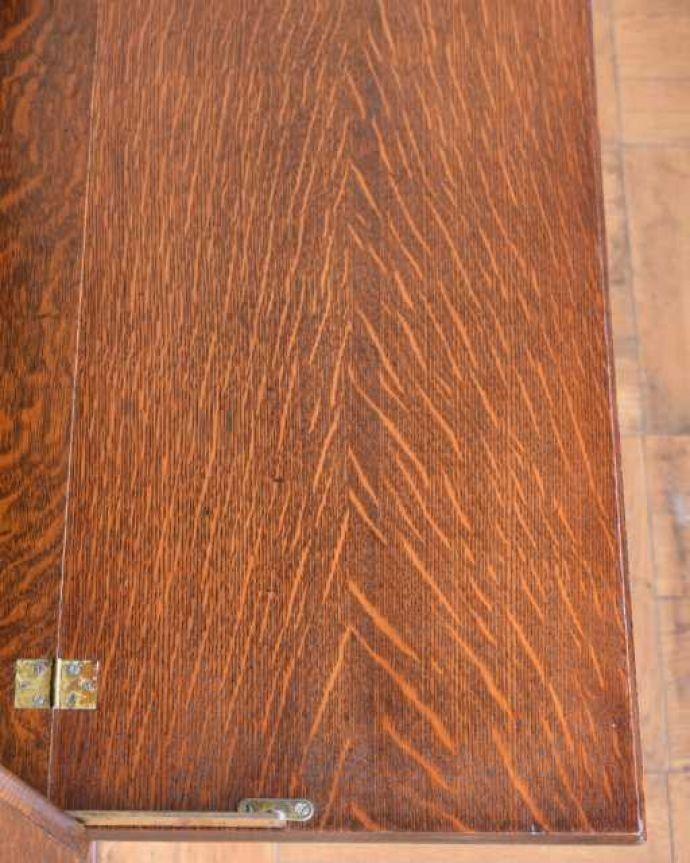 アンティークのキャビネット アンティーク家具 英国アンティークのスタッキングビューローキャビネット(デスク)。天板部分もキレイですやっぱりデスクの天板部分は気になるポイント。(q-1993-f)