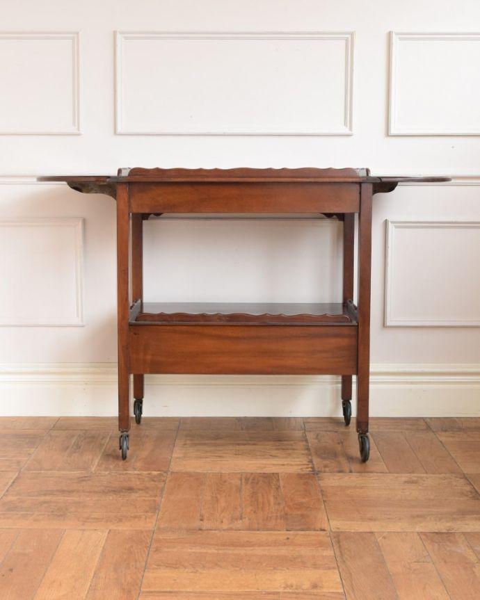 アンティークのワゴン・トローリー アンティーク家具 アンティークワゴン、サイズを変えて便利に使える家具(トロリー)(引き出し付き) 。両方開くとリーフを両方開くと、大きなサイズに。(q-2126-f)