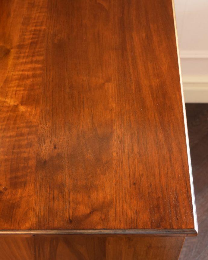 アンティークのドレッサー アンティーク家具 ドレッシングチェスト 昔の人の知恵ミラーの脇にある小さな台。(q-2225-f)