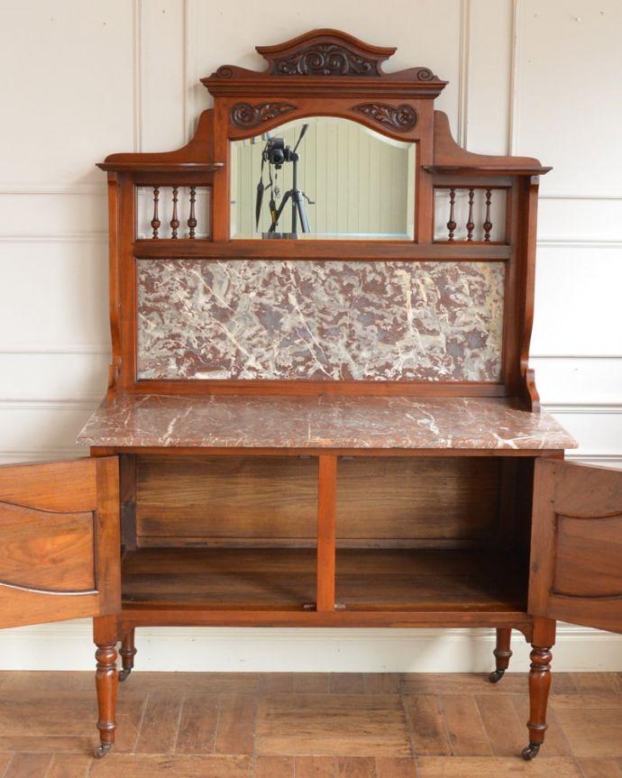 アンティークのキャビネット アンティーク家具 ウォッシュスタンド 扉を開いた中もキレイです。(q-2307-f)