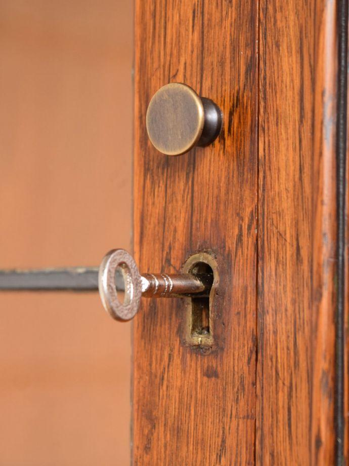 アンティーク家具の鍵