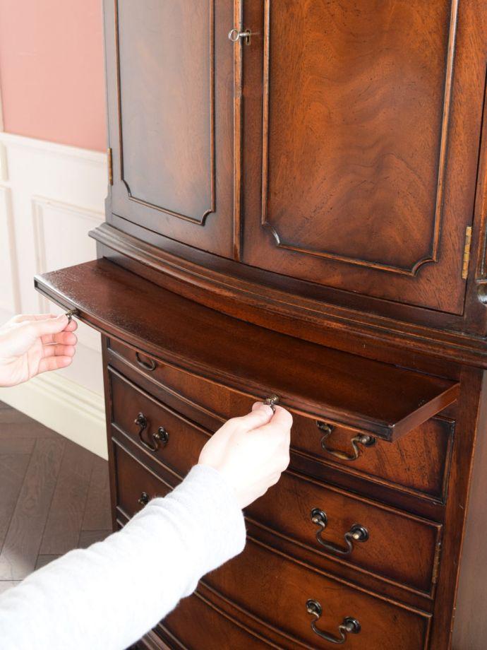 便利な作業台付き家具