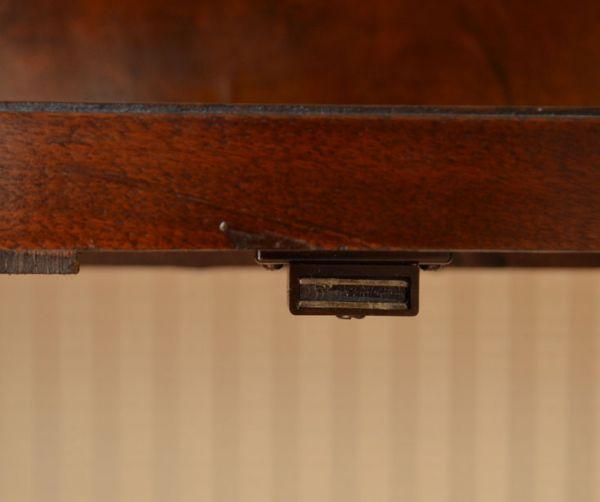 q-364-f-1 アンティークガラスキャビネットのマグネット