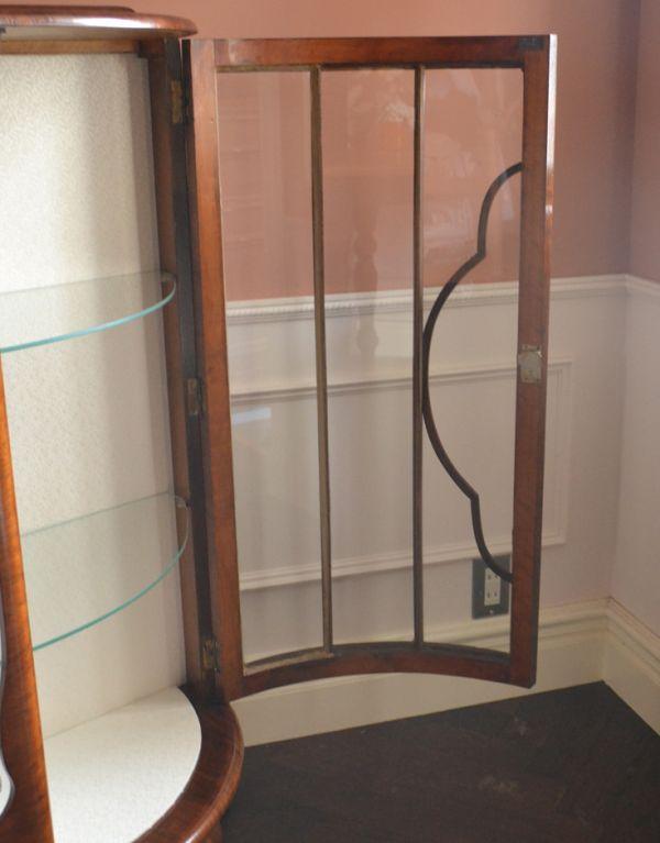q-542-f アンティークガラスキャビネットのガラス面
