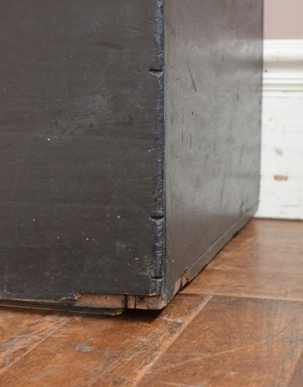 q-582-f アンティークブランケットボックス(ブラック)の脚