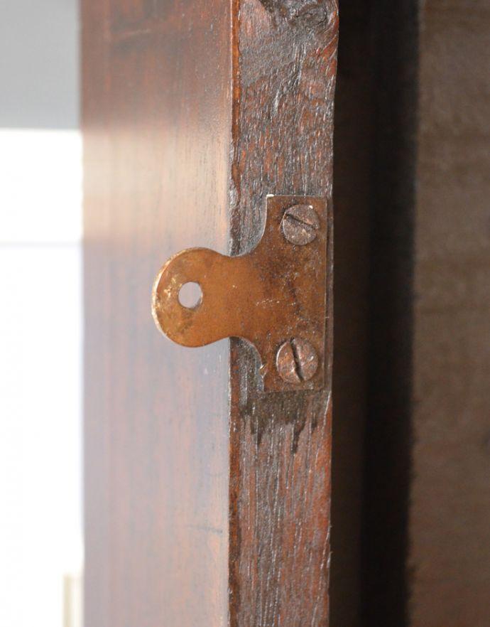 めずらしい家具 アンティーク家具 英国のアンティーク家具、マホガニー材のマントルピース(暖炉枠)。左右3ヶ所ずつ、壁に取り付ける用の金具が付いています。(q-622-f)