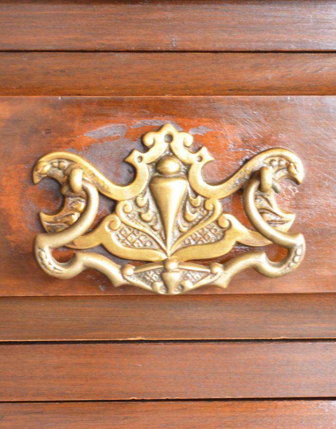 アンティーク家具 英国アンティーク家具、木目もグリーンのタイルも美しいウォッシュハンドスタンド(チェスト)。華やかな引き出しの取っ手です。(q-682-f)