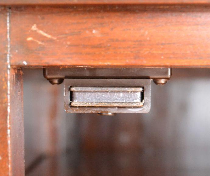q-726-f アンティークミュージックキャビネットのマグネット