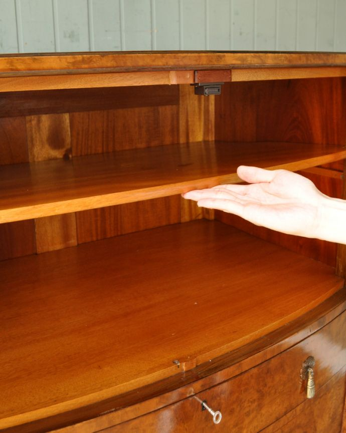 q-730-f アンティークカップボードチェストの棚板