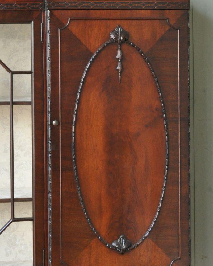 q-774-f アンティークブックケースの彫り