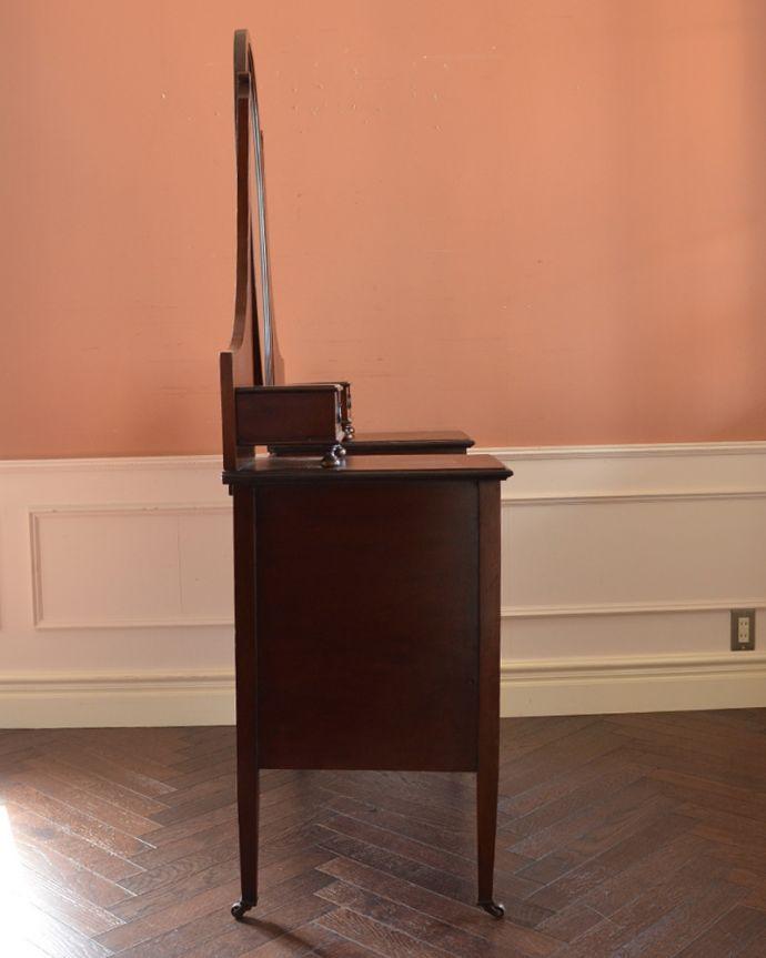 q-779-f アンティークドレッシングテーブルの横