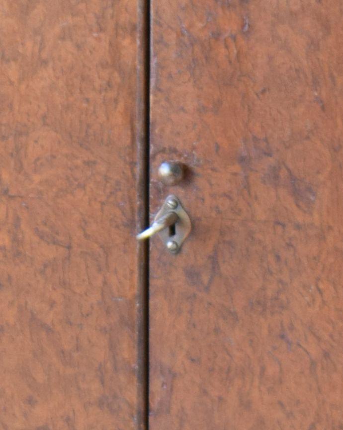 q-827-f アンティークカクテルキャビネットの鍵