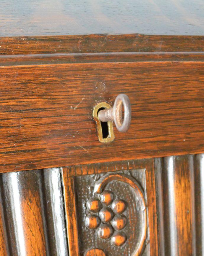 q-851-f アンティークライディングビューロー(デスク)の鍵