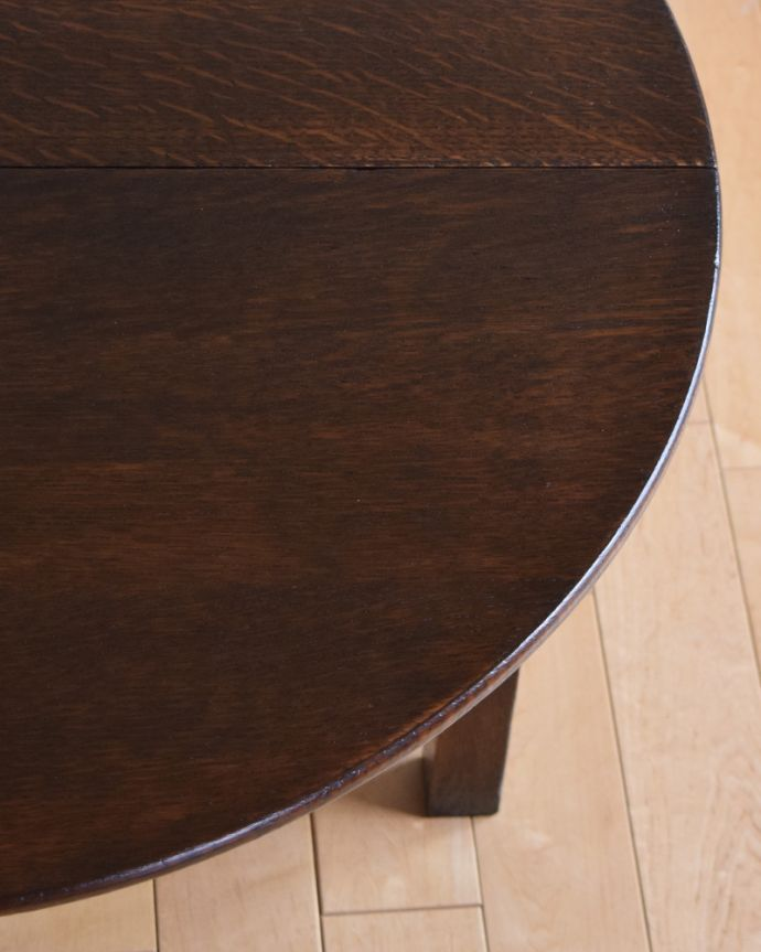 q-885-f アンティークゲートレッグコーヒーテーブルの角