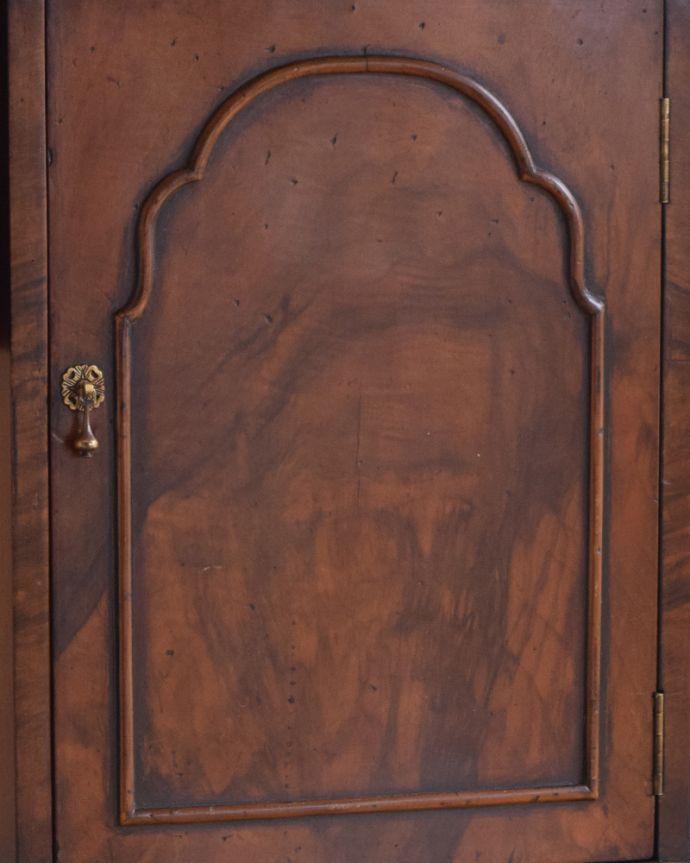 q-900-f アンティークペディスタルカップボード(サイドキャビネット)の扉