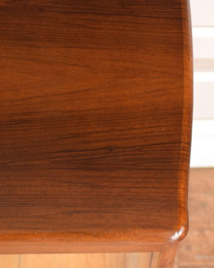 q-934-f アンティークガラスキャビネットの木目