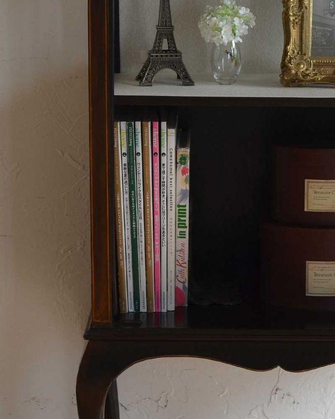 q-942-f アンティークブックケースの雑誌