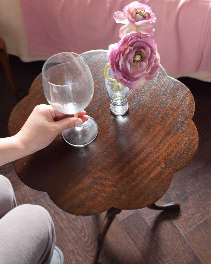 q-959-f アンティークワインテーブルのスタイリング2