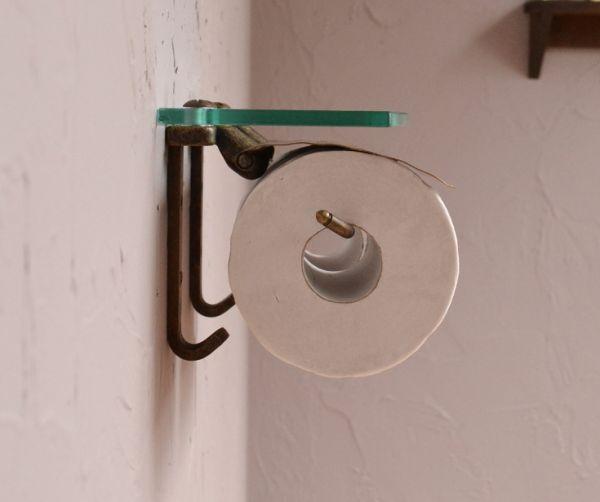 sa-232 真鍮ペーパーホルダー(ダブル・アンティーク色)の横から