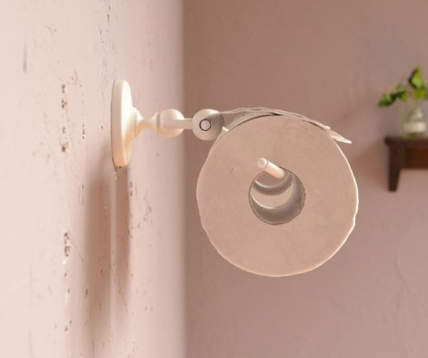 sa-252 真鍮ペーパーホルダー(ダブル・ホワイト色)の横から