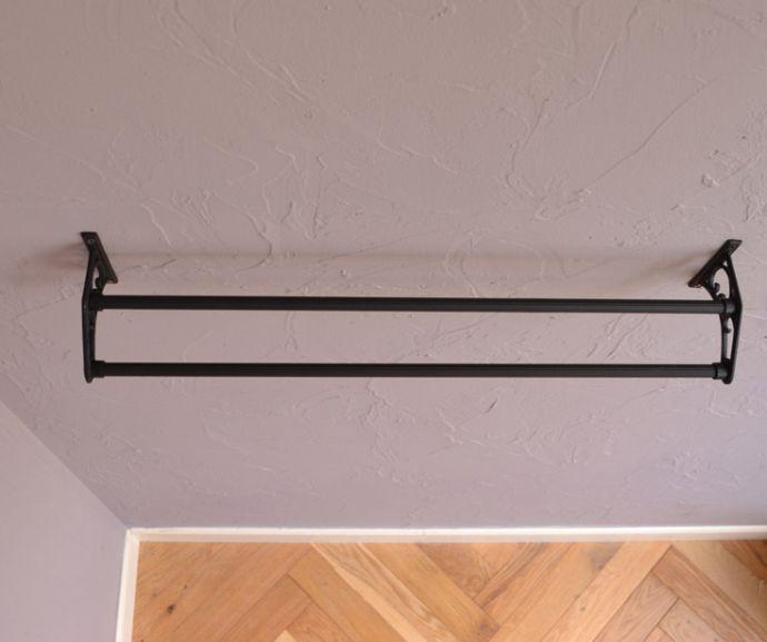 洗面・トイレ 住宅用パーツ お洒落なサニタリーアイテム、真鍮製ダブルタオルバー(ブラック)。家族が多い方にも人気の2連タイプのタオルバーです。(sa-634)