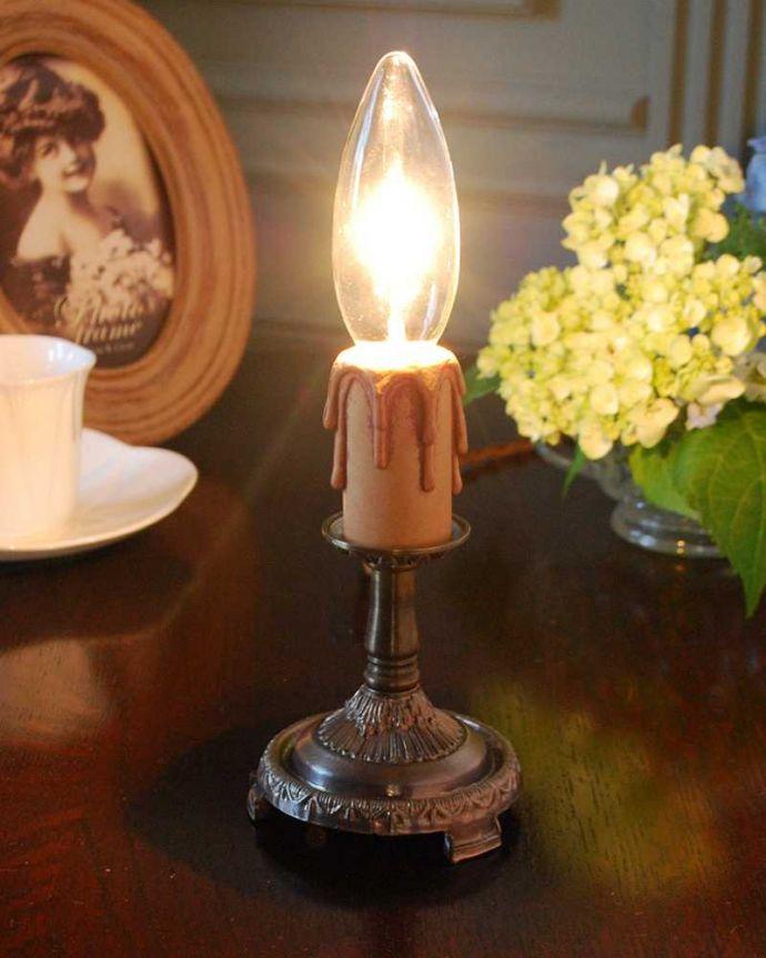 Handleオリジナル 照明・ライティング Handleオリジナルのステンドグラス用スタンドライト(アンティーク色・M)(E17シャンデリア球付)。キラキラ輝く本物の輝きヨーロッパから取り寄せた真鍮のパーツを組み合わせて作ったHandleオリジナルのスタンドライトです。(sgl-03-a)