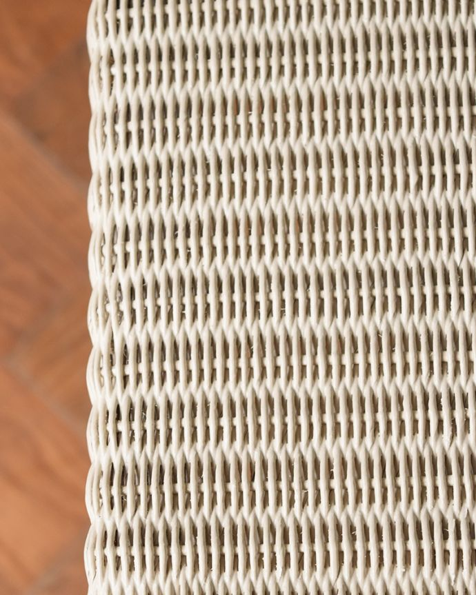 Handleオリジナル アンティーク風 ロイドルームの椅子、8色から選べるHandleオリジナルのロイドルームソファ。編み込みもキレイです近づいてみるとこんな感じ。(hol-07)
