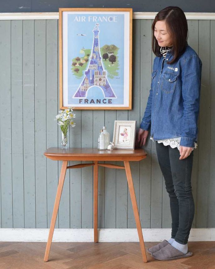 アンティーク家具 アーコールのダイニングテーブルの継ぎ足し用のエンドテーブル(サイドテーブル)。スッキリした脚のアーコールのエンドテーブルアーコールらしいフォルムが特長のエンドテーブル。(x-1058-f)