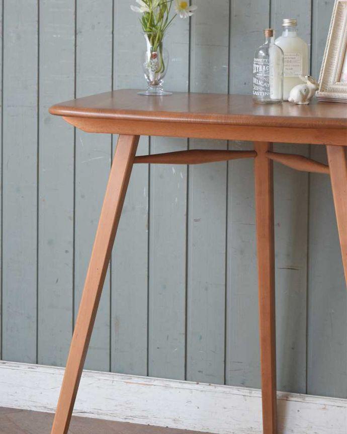 アンティーク家具 アーコールのダイニングテーブルの継ぎ足し用のエンドテーブル(サイドテーブル)。クールな表情の中に見えるアーコールらしい優しさアーコールの家具って、角の落とし方が独特。(x-1058-f)
