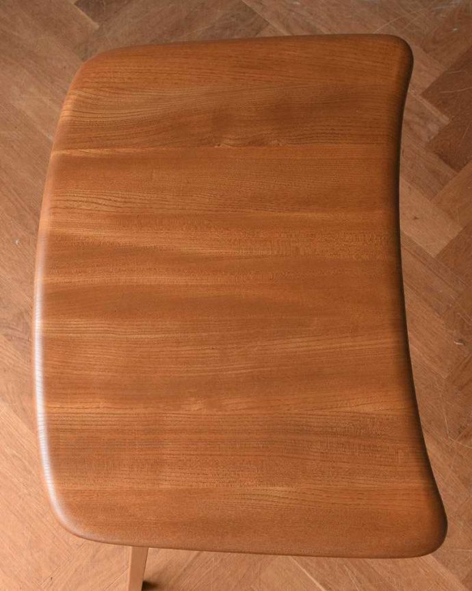 アンティーク家具 アーコールのダイニングテーブルの継ぎ足し用のエンドテーブル(サイドテーブル)。やっぱり気になる天板の仕上げ方テーブルの主役はやっぱり天板。(x-1058-f)