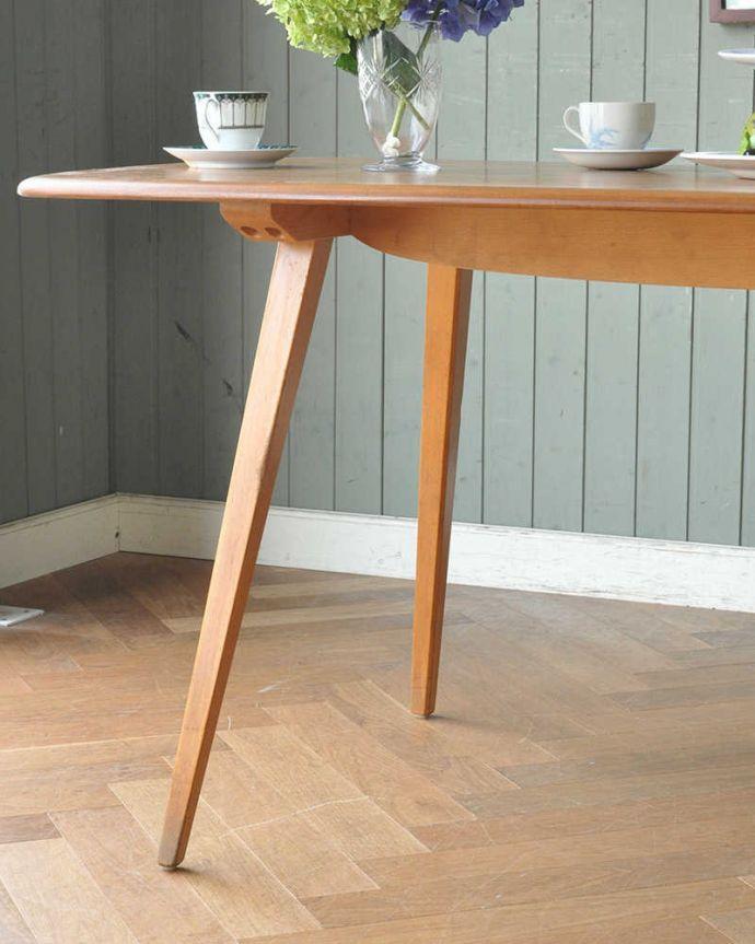 アーコールの家具 アンティーク家具 イギリスのヴィンテージ家具、アーコール社のダイニングテーブル (リフェクトリーテーブル)。スッキリとカッコイイ脚ヴィンテージの家具は一見クールな表情。(x-1152-f)